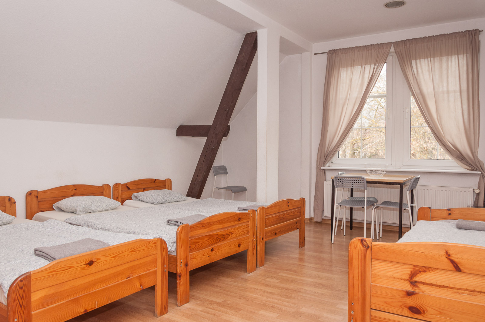 pokoje-na-wynajem-gdansk-jelitkowo_zlota-plaza_zp00_ad025570