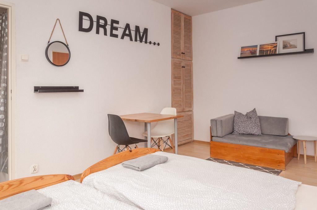 pokoje-na-wynajem-gdansk-jelitkowo_zlota-plaza_zp01_ad025576